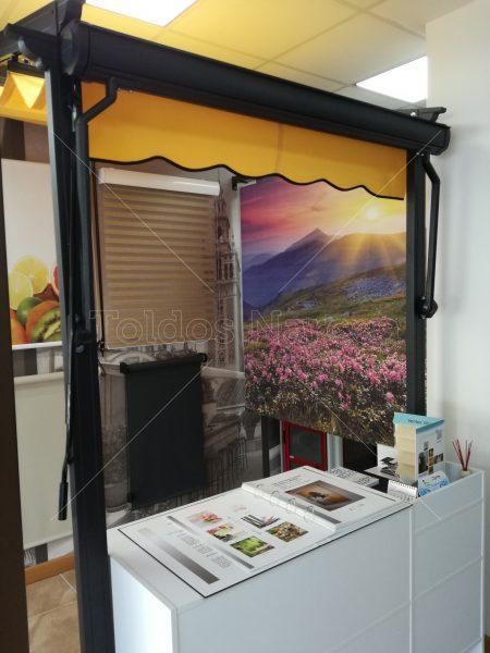 Foto de uno de los cofres instalados por Toldos Narcea