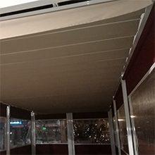 Foto de un cerramiento realizado por toldos narcea